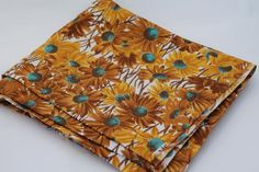 vintage cotton floral fabric, daisy print with yellow gold & turquoise flowers