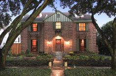 Gracious 1930s family home in West University Place, Texas
