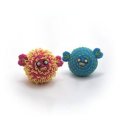 crocheted pufferfish pattern pdf...this link shows how to do the loop and nub stitch http://needlenoodles.com/home/?q=node/128