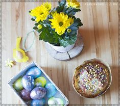 Easter decoration. #easter #eggs #table #пасха
