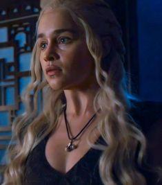 Emilia Clarke Daenerys Targaryen, Game Of Throne Daenerys, Fantasy Art Women, Khaleesi, Female Art, Wallpapers, Portrait, Queen, Movies