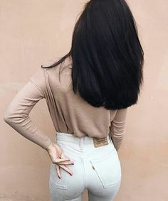 How To Get Thicker Hair Naturally At Home : 3 Simple Tips Medium Hair Styles, Curly Hair Styles, Natural Hair Styles, Hair Medium, Natural Beauty, Inspo Cheveux, Haircuts Straight Hair, Long Hair Styles Straight, Straight Black Hair