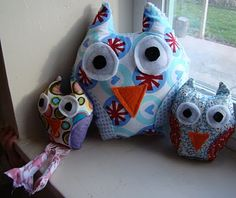 Owls! another cute little stuffed animal i want to make! Via Just Enough Style Blog