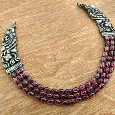 Silver antique necklace from bcos its silver For Sterling Silver Jewelry, Gold Jewelry, Jewelry Necklaces, Silver Ring, Silver Earrings, Prom Necklaces, Silver Necklaces, Jewelry Art, Silver Jewellery Indian