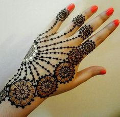 Browse the latest Mehndi Designs Ideas and images for brides online on HappyShappy! We have huge collection of Mehandi Designs for hands and legs, find and save your favorite Mehendi Design images. Henna Hand Designs, Henna Tattoo Designs Arm, Mehndi Designs Finger, Floral Henna Designs, Mehndi Designs For Fingers, Beautiful Henna Designs, Arabic Mehndi Designs, Latest Mehndi Designs, Bridal Mehndi Designs