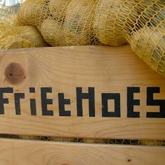 Friethoes - Haarlem, super lekkere biologische friet! Amsterdam, Happy Foods, What To Cook, High Tea, Organic Recipes, Food Art, Rondom, What's Cooking, Spaces