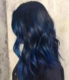 """Ribbons of blue for @jerrie8 #bluehair #balayagehighlights #balayage #olaplex…"