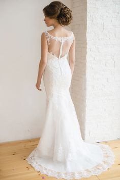 Dress to impress with this sophisticated sheath wedding dress!