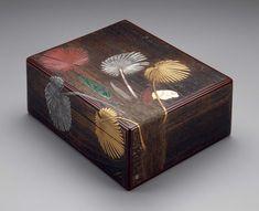 Box for writing paper (ryôshibako) with palmetto design Japanese Edo period. 17th to 18th century. Attributed to Ogawa Haritsu (Japanese, 1663–1747)