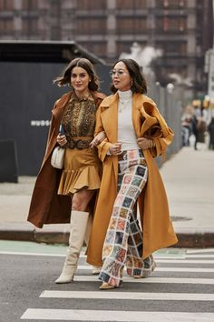 NEW YORK, NEW YORK - FEBRUARY Camila Coelho and Aimee Song wearing yellow mustard coat, plaid pants is seen outside Zimmermann during New York Fashion Week Autumn Winter 2019 on February 2019 in New York City. (Photo by Christian Vierig/Getty Images) Fashion Week, New York Fashion, Fashion Outfits, Fashion Trends, Street Fashion, Fashion Bloggers, Fashion Fashion, Fashion Ideas, Ohh Couture