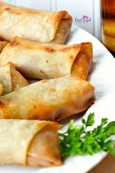 Discover what are Chinese Food Appetiser Egg Roll Recipes, Healthy Gluten Free Recipes, Meat Recipes, Appetizer Recipes, Cooking Recipes, Appetizers, Pizza Roll Bites, Eggroll Wrapper Recipes