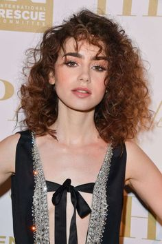 Beauty Buzz: Lily Collins Brings Back the Perm Daily Beauty Buzz: Lily Collins Brings Back the Perm.Daily Beauty Buzz: Lily Collins Brings Back the Perm. Curly Hair With Bangs, Short Curly Hair, Curly Hair Styles, Curly Girl, Permed Hairstyles, Hairstyles With Bangs, Cool Hairstyles, Hairstyles 2016, Fashion Hairstyles