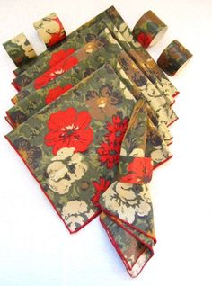 Tropical Flower Napkin, Napkin Rings, Red Hibiscus, Floral, Vintage Tropical Beach Fabric, Pool, Tiki Bar, 6 Dinner Napkins, 5 Rings by LuckyPennyTrading on Etsy