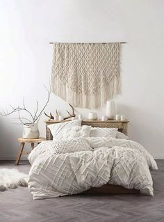 26 Rustic Bedroom Design and Decor Ideas for a Cozy and Comfy Space - The Trending House College Bedroom Decor, Home Decor Bedroom, Bedroom Ideas, Ikea Bedroom, Bedroom Themes, Bedroom Designs, Bedroom Curtains, College Bedding, Dorm Room
