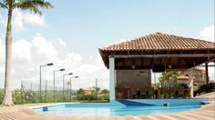 Super vista na Baroneza | Special Properties | Casa com piscina, quadra de tênis e varanda gourmet. | 9 suítes | 1600m² de área útil | 6000m² de terreno | Valor de Venda: R$ 14.000.000,00