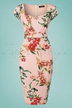 Cecilia Floral Pencil Dress in Light Pink Trendy Dresses, Casual Dresses, Short Sleeve Dresses, Pink Dress, New Dress, Dress Outfits, Fashion Dresses, Girl Fashion, Dress Skirt