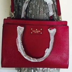 I just discovered this while shopping on Poshmark: Kate Spade Wellesley bag. Check it out! Price: $298 Size: OS, listed by bigapple88