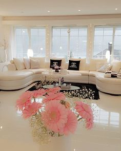 LOVE me some white floors!