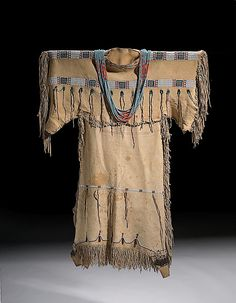 """an analysis of the description of the cheyenne indians Cheyenne indian tribe """"this nation has received a variety of names from travelers and the neighboring tribes, as shyenne, shienne, cheyenne, chayenne, shara, shawhay, sharsha, and by the different bands of dakotas, shaí-en-a or shai-é-la."""