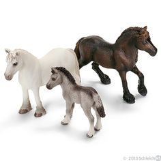 Fell Ponies by Schleich. Schleich Horses Stable, Horse Stables, Fell Pony, Horse Online, Bryer Horses, Best Friend Drawings, Horse Love, Beautiful Horses, Dog Toys