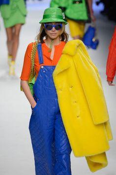 La tendencia 'furry' no faltarán en el invierno de Moschino