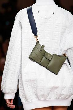 Bag Trend for SS19: Utility Crossbody Bag. Fendi Spring Summer 2019. Fashion Bags, Fashion Show, Fashion Accessories, Fashion Trends, Womens Fashion Online, Latest Fashion For Women, Waist Purse, Sacs Design, Vetement Fashion