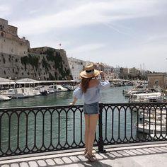 ¡Verano☀️🌊😎! ¿Que planes tenéis para estas vacaciones?😉 #theprincessinblack #menorca #fashionblogger #fashionstyle  #theprincessinb #fashionlover  #goodvives #lifelover #🖤ThePrincessInBlack🖤