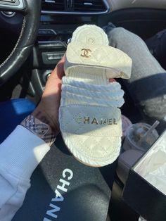 Jordan Shoes Girls, Girls Shoes, Cute Sandals, Shoes Sandals, Chanel Sandals, Women Sandals, Flats, Sneakers Fashion, Fashion Shoes