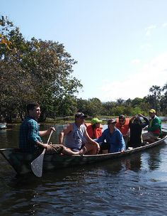 Travel and adventure in the Amazon by canoe. - Santarém - Pará, Brasil - https://www.google.com/maps/place/Santar%C3%A9m,+Par%C3%A1,+Brasil/@-2.4515888,-54.8079516,12z/data=!3m1!4b1!4m5!3m4!1s0x9288f9213cb04ad5:0x80be3f9dd767d647!8m2!3d-2.4506291!4d-54.7009228