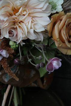 Summer beauties ~ floral artist Sarah Winward  #flowers #garden