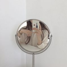 soft aesthetic tones of coffee Cream Aesthetic, Brown Aesthetic, Aesthetic Photo, Aesthetic Girl, Aesthetic Pictures, Classy Aesthetic, Beige Outfit, Mirror Pic, Mirror Selfies