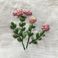 -2016/08/24 월요자수 모임 수강생의 창문 가리개 42꽃중의 하나~ . . . . . By Alley's home #embroidery#stitch#knitting#crochet#crossstitch#handmade#homemade#homedecor#needlework#antique#vintage#pottery#flower##ribbonembroidery#프랑스자수#진해프랑스자수#창원프랑스자수#리본자수#프랑스자수스티치북#자수파우치#자수티매트#자수티코지#자수브로치#자수코사지#진해이동앨리홈#자수소품#손자수#창문가리개#진해창원자수수업