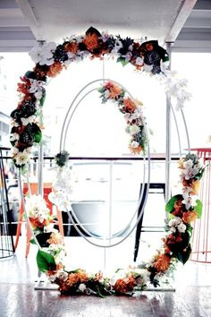 Event Styling: The Style Co. Amazing Florals: The Style Co. Photography: Hikari Photography