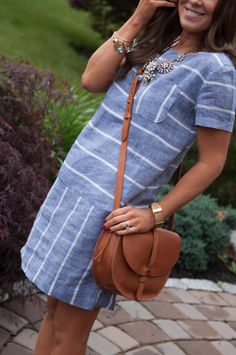 Lou and Grey Chambray Shift, Madewell Crossbody, J.Crew Lattice Necklace 7