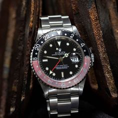 Ho, ho, ho, Rolex GMT-Master 2 from 1999 for Christmas? Vintage Watches For Men, Vintage Rolex, Luxury Watches, Rolex Watches, Amsterdam Shopping, Rolex Gmt Master, Best Model, Vintage Jewelry, Take That