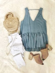 21 Coast Casual Style Ideas That Make You Look Cool – Fashion New Trends Mode Outfits, Casual Outfits, Fashion Outfits, Womens Fashion, Fashion Trends, Fashion For Teens, Fashion Clothes, Rustic Outfits, Fashion Styles