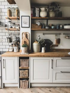 rustic kitchen neutral walls and natural elements . - Modern rustic kitchen with neutral walls and natural elements -Modern rustic kitchen neutral walls and natural elements . - Modern rustic kitchen with neutral walls and natural elements - Modern Kitchen Wall Decor, Home Decor Kitchen, Rustic Modern Kitchen, Rustic Kitchen Design, Kitchen Shelf Inspiration, Country Kitchen Wall Decor, Kitchen Wall Decor, Rustic Kitchen, Rustic House