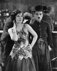 Georgia Hale & Charlie Chaplin  (The Gold Rush)