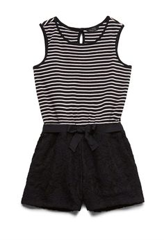 THIS WHOLE ENTIRE OUTFIT WITH A BOW WOULD BE PERFECT asdfghjkl I want it so badly #blackandwhite