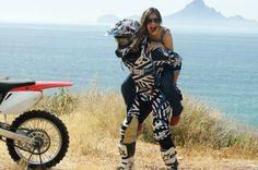 Cute Country Couples, Cute Couples Photos, Cute Couple Pictures, Cute Couples Goals, Country Girls, Couple Photos, Dirt Bike Couple, Motocross Couple, Motocross Love