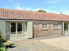 The Stables (ref CAAX) in Edingthorpe | cottages4you