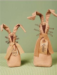 Primitive Easter bunnies from Honey & Me..