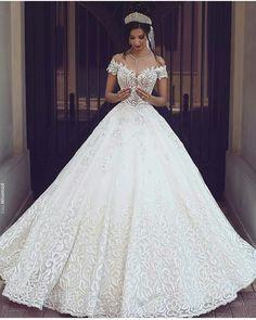 #fashion #womensfashion #dress #gownfashion #fabulousdress #clothes…