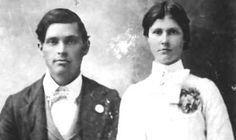 elvis presley and jesse garon presley | Elvis Presleys Family Tree – Photos of Relatives