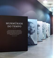 Murmúrios Exhibition - Exhibitions / studio andrew howard images would be at eye level and reproduced at a life size proportion. Museum Exhibition Design, Exhibition Display, Exhibition Space, Design Museum, Environmental Graphic Design, Environmental Graphics, Display Design, Booth Design, Exposition Photo