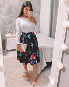 {Classy And Elegant Summer Outfits Sunday Church Outfits, Modest Church Outfits, Cute Modest Outfits, Long Skirt Outfits, Dressy Outfits, Mode Outfits, Modest Dresses, Chic Outfits, Spring Outfits