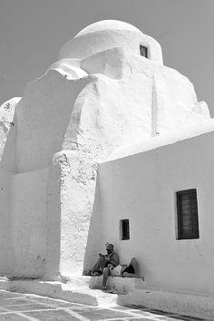 Panagia Paraportiani, Mykonos Delos Greece, Mykonos Greece, Athens Greece, Santorini, Mykonos Island, Mediterranean Architecture, Greek Isles, Greece Islands, Greece Travel