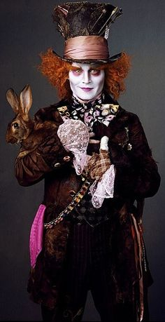 Johnny as the mad hatter in Alice in Wonderland. Costume design by Colleen Atwood.