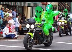 Roswell, New Mexico, is the capital of extraterrestrial culture. Whether or not you believe that a spacecraft crashed in the desert 65 years ago, you're sure to enjoy the pet costume contest, a parade, and alien-themed events that beam in for the Roswell UFO Festival. June 29-July 1