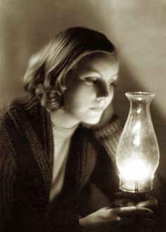 Greta Garbo photographed by Clarence Sinclair Bull 1930